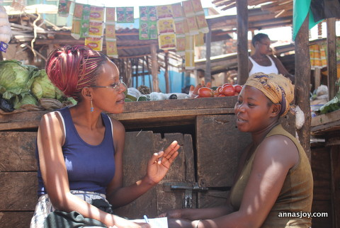 Juliet does some post-graduate mentoring with Anna, at her market stand.